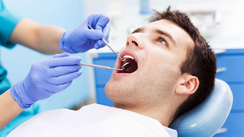 Zahnfüllungen aus Keramik und Kunststoff